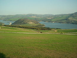 Lago di Guardialfiera - invaso artificiale @Wikipedia.it